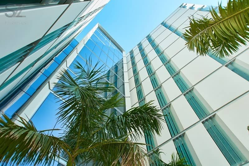 Panoramic Sea Views - Fully Furnished with High End Furniture