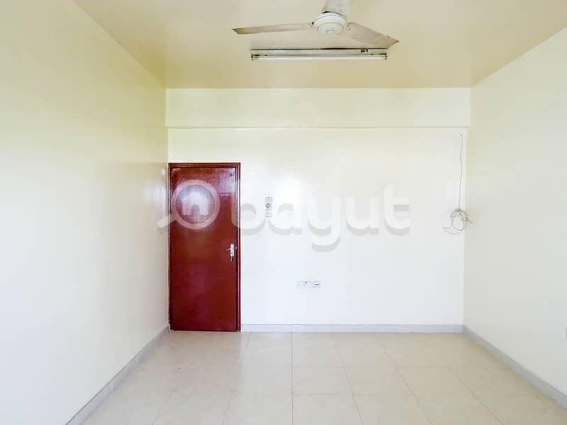 شقة في المنطقة الصناعية 5 المنطقة الصناعية 12999 درهم - 4375449