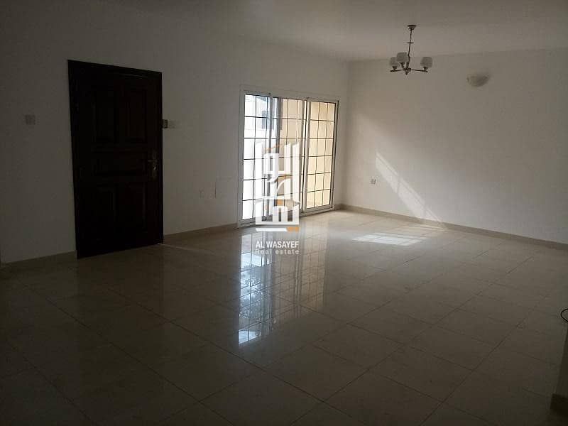 Fully Renovated 3 Bed Villa With Private Garden