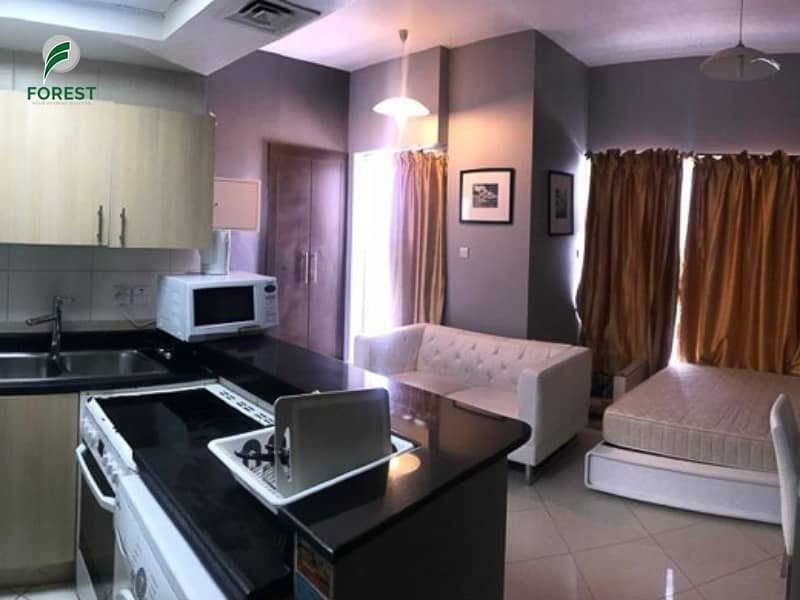 2 Hot Deal: Furnished Studio | Vacant on Transfer