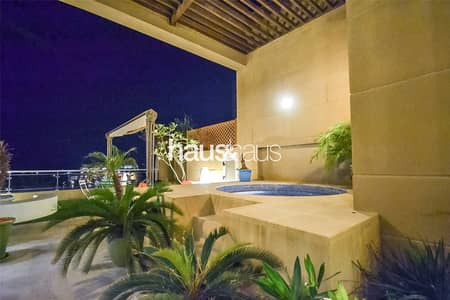 بنتهاوس 4 غرفة نوم للبيع في نخلة جميرا، دبي - Vacant on Transfer | Unique and Upgraded Penthouse