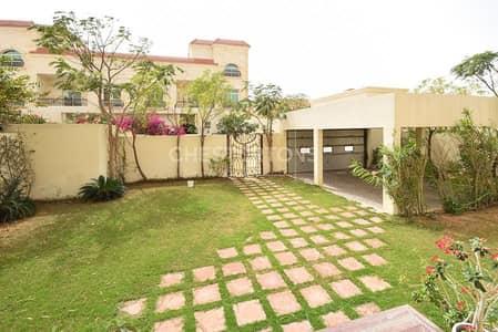 فیلا 5 غرفة نوم للايجار في مدينة خليفة أ، أبوظبي - Spacious 6 BR Villa with private  Pool and Big Garden  inside compound