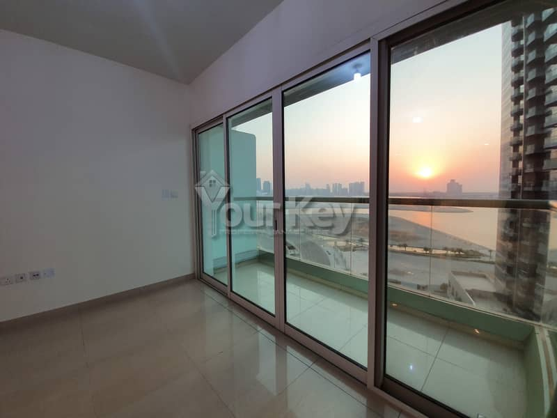 2  Sea View and Balcony all facilities