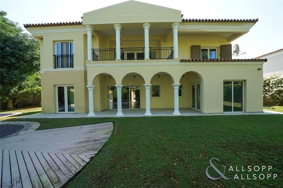 2 Stunning Family Villa in Green Community