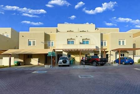 فیلا 4 غرف نوم للبيع في الريف، أبوظبي - Semi Single Row 4BR + Maid's Room Villa.