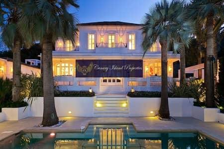 6 Bedroom Villa for Sale in Emirates Hills, Dubai - Full Golf Course View | Luxurious Villa