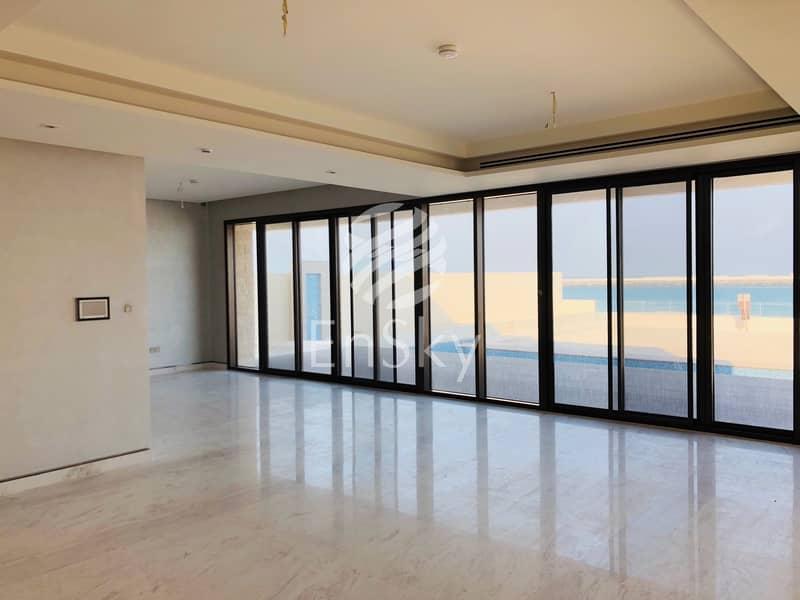 2 Open Sea View- Majestic Beach Front Villa