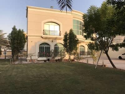 5 Bedroom Villa for Sale in Al Mizhar, Dubai - for sale very nice villa 5 master bedrom with service block