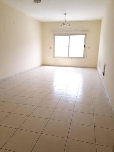 شقة 3 غرفة نوم للايجار في مويلح، الشارقة - شقة في مويلح 3 غرف 45998 درهم - 4380782
