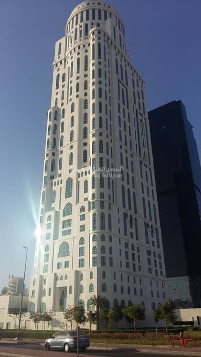 طابق تجاري  للبيع في أبراج بحيرات جميرا، دبي - Distress Deal | Full Floor and Individual offices available for Sale in The Dome