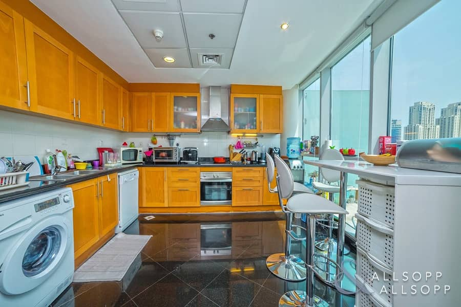 10 Penthouse | Marina View | Three Bedrooms