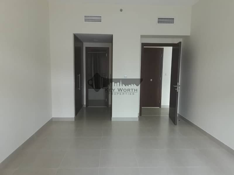 16 water front 1 bed room very bright  apartment in jaddaf