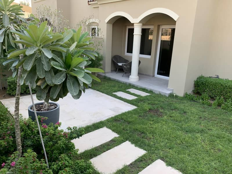 10 Townhouse for Sale in Serena | Hot deal