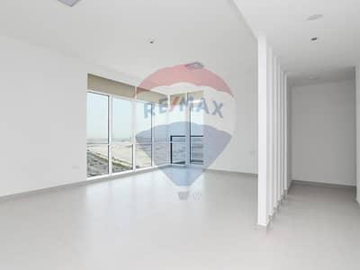 شقة 3 غرفة نوم للايجار في الخليج التجاري، دبي - Pool View | No Commission | 6 Cheques!