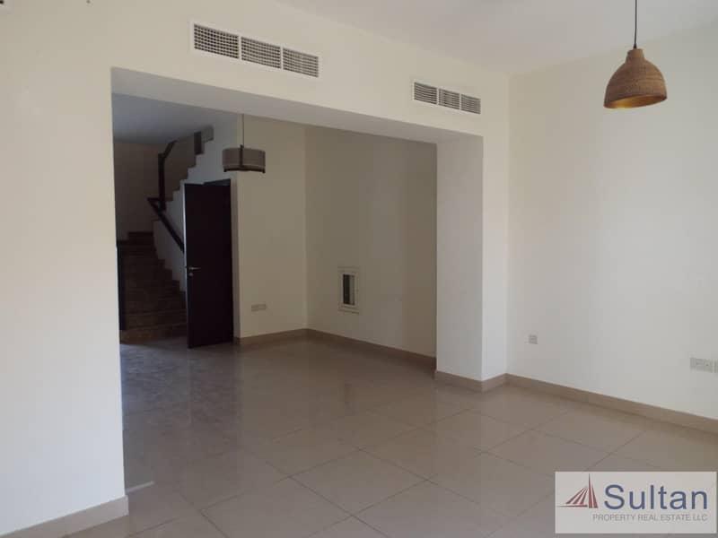 2 Exclusive: 3BR with Maid's Room Flamingo Villa