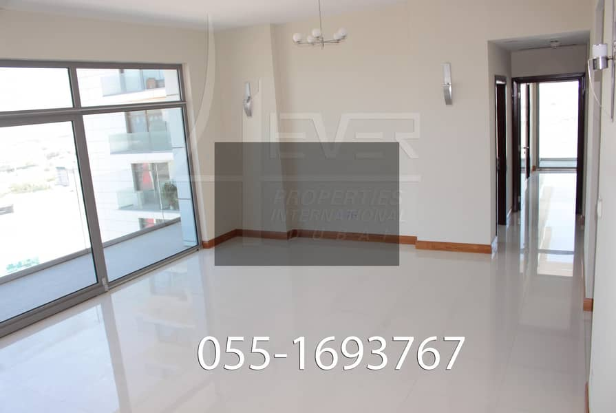 2 ( M ) Lovely 1 Bhk With Laundry | Prime Location | Large Size |Chiller Free