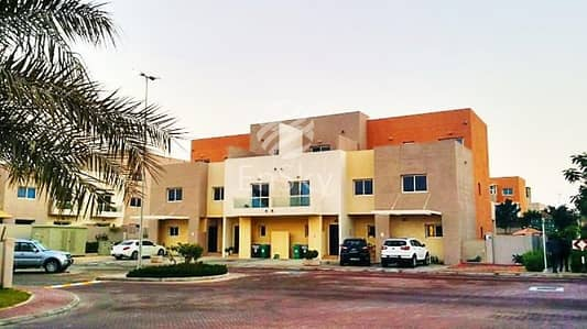 5 Bedroom Villa for Sale in Al Reef, Abu Dhabi - Vacant 5BR Villa with Maid's Room and Private Pool