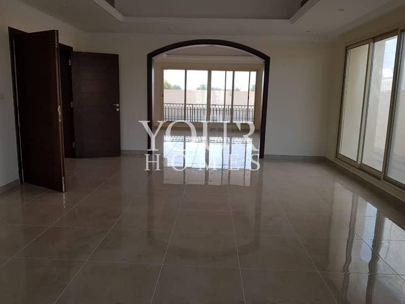 2 5 bed room villa in barsha south CLOSE to supermarket