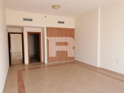فلیٹ 2 غرفة نوم للايجار في مجمع دبي ريزيدنس، دبي - Elegant Family Building I Reasonable Rent