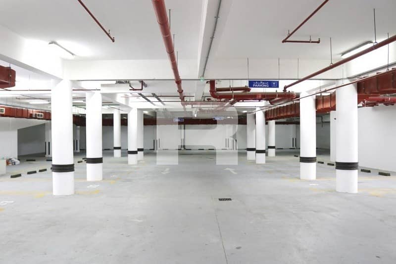 16 Huge office|Fully Fitted| Prime location