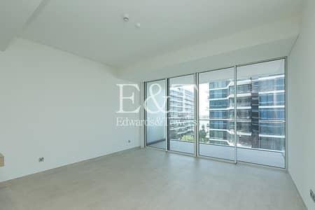 شقة 1 غرفة نوم للبيع في نخلة جميرا، دبي - Mid Floor | Sea Views | Vacant On Transfer | PJ