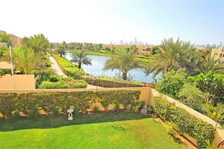 فیلا 5 غرفة نوم للايجار في السهول، دبي - Best position | Lake view | Great Plot |
