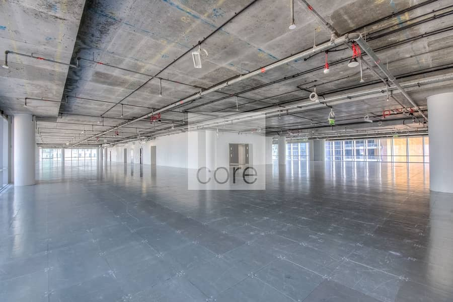 Prime area semifitted office in Burj Daman