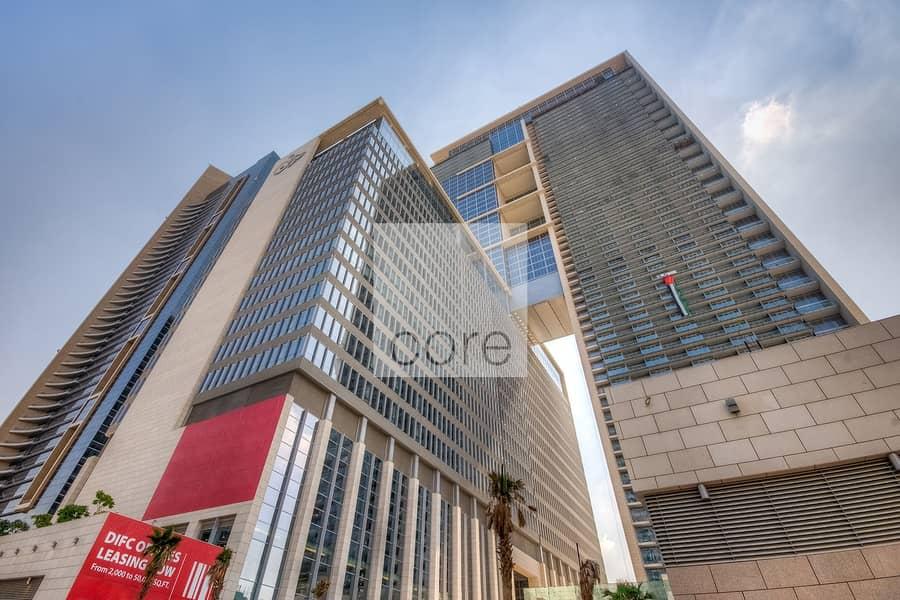 10 Prime area semifitted office in Burj Daman