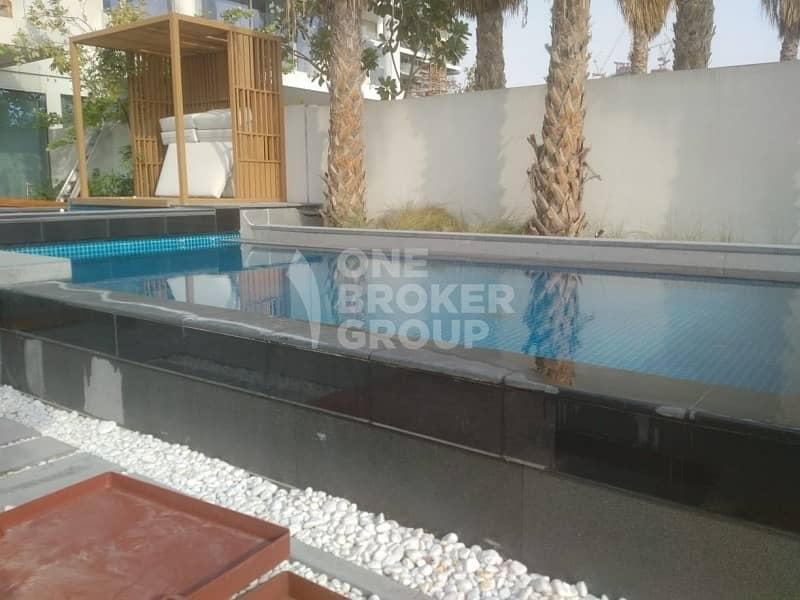 2  Private Pool