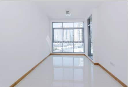 1 Bedroom Apartment for Sale in Dubai Marina, Dubai - Great PRICE! VACANT 1 Bedroom Apartment.