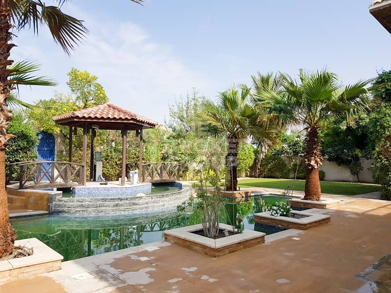 2 Luxurious large private Villa with pool