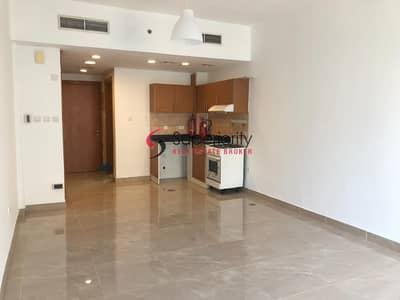 استوديو  للايجار في مدينة دبي للإنتاج، دبي - Amazing Price - Studio With Parking  in Lago Vista