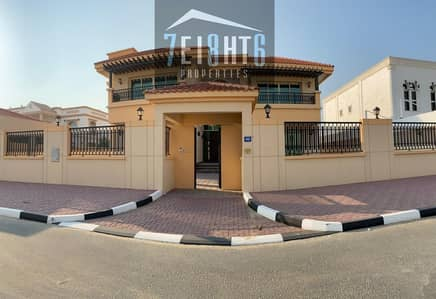 Beautifully presented: 5 b/r indep villa + maids room + landscaped garden for rent in Barsha South 1