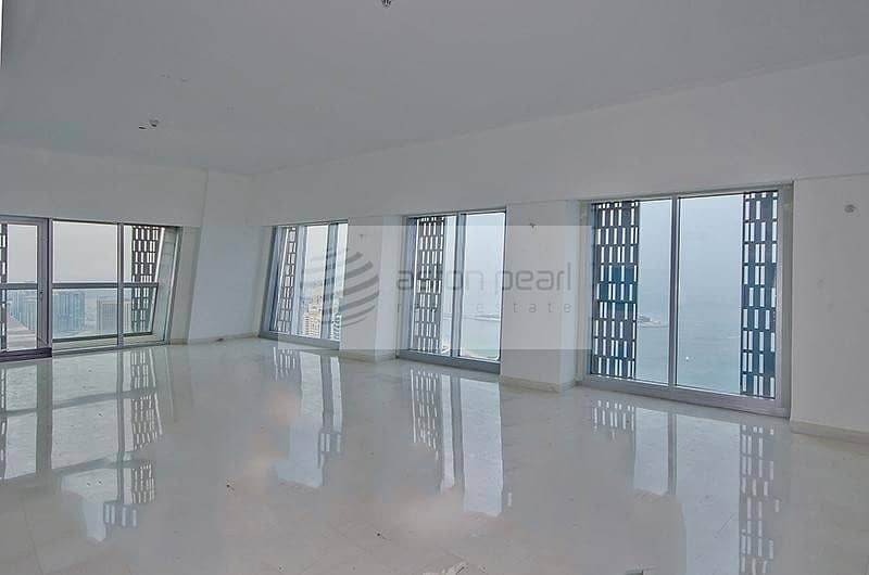 4BR+M with Fabulous View of Sea and Marina