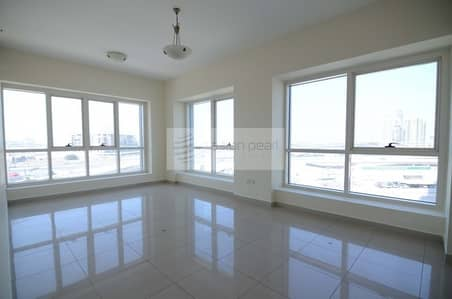 1 Bedroom Flat for Rent in Jumeirah Lake Towers (JLT), Dubai - Unfurnished 1BR with Parking Space