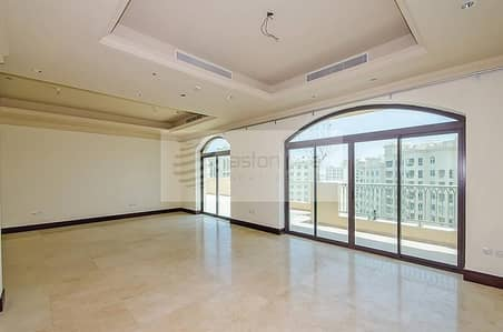 3 Bedroom Penthouse for Sale in Palm Jumeirah, Dubai - Best Layout Duplex 3BR + Maid with Park Terrace