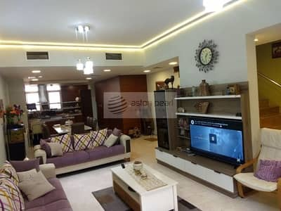 4 Bedroom Townhouse for Rent in Jumeirah Village Circle (JVC), Dubai - Well Maintained 4 Bedroom Townhouse Unfurnished