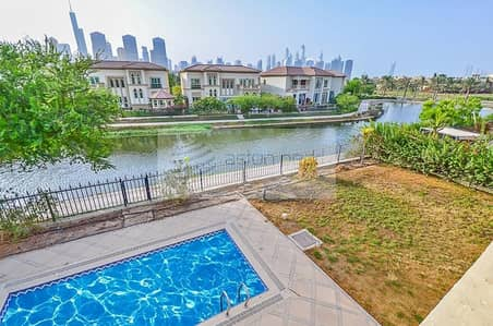 4 Bedroom Villa for Sale in Jumeirah Islands, Dubai - Main Lake and Sky Line View | Motivated Seller