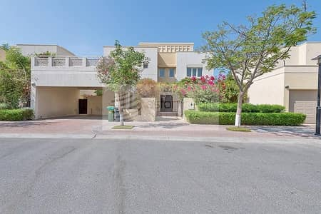 4 Bedroom Villa for Sale in The Meadows, Dubai - Vacant | Type 12 | Upgraded Villa | Back to Back