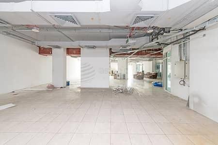 محل تجاري  للايجار في أبراج بحيرات جميرا، دبي - Retail Space in Cluster O with Lake view