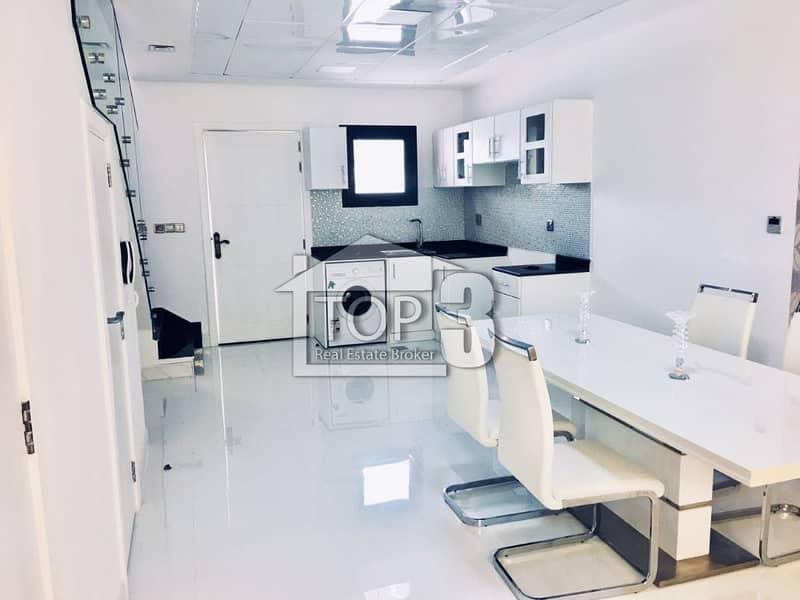 تاون هاوس في مجمع دبي الصناعي 2 غرف 49999 درهم - 4324124