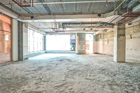 Shop for Rent in Sheikh Zayed Road, Dubai - Prime Location and Position | Great Visibility |
