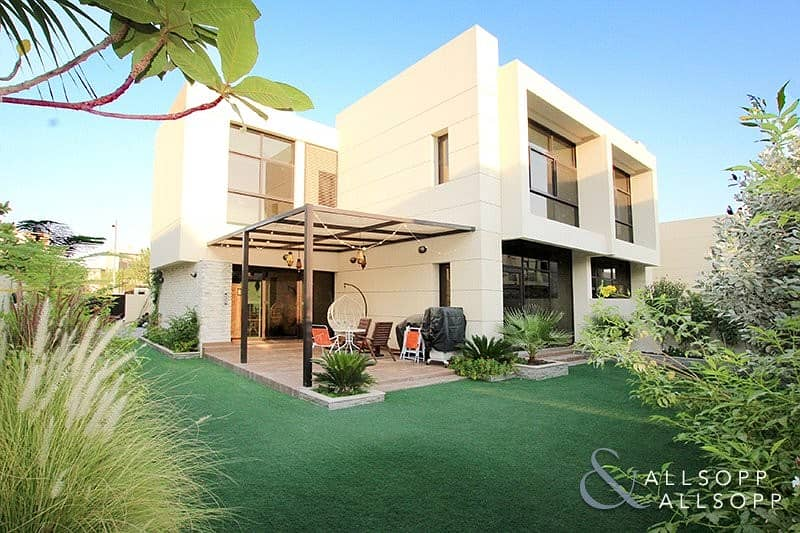 Upgraded | Four Bedrooms | Close to Pool
