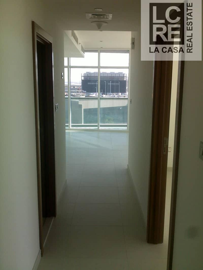 10 Luxury Corner unit 2br with Pool View