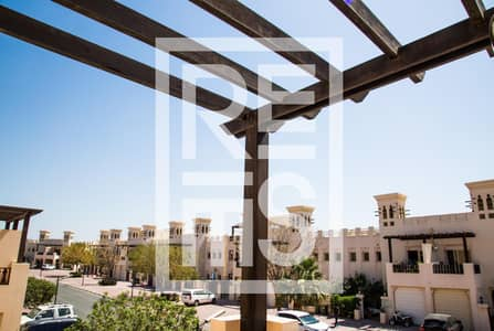 3 Bedroom Villa for Sale in Al Hamra Village, Ras Al Khaimah - 3BR Townhouse in Al Hamra Village for Sale