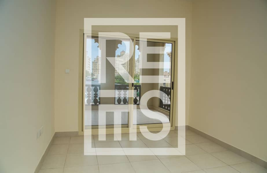 2 Spacious 1 BR next to the Sea Side for Rent