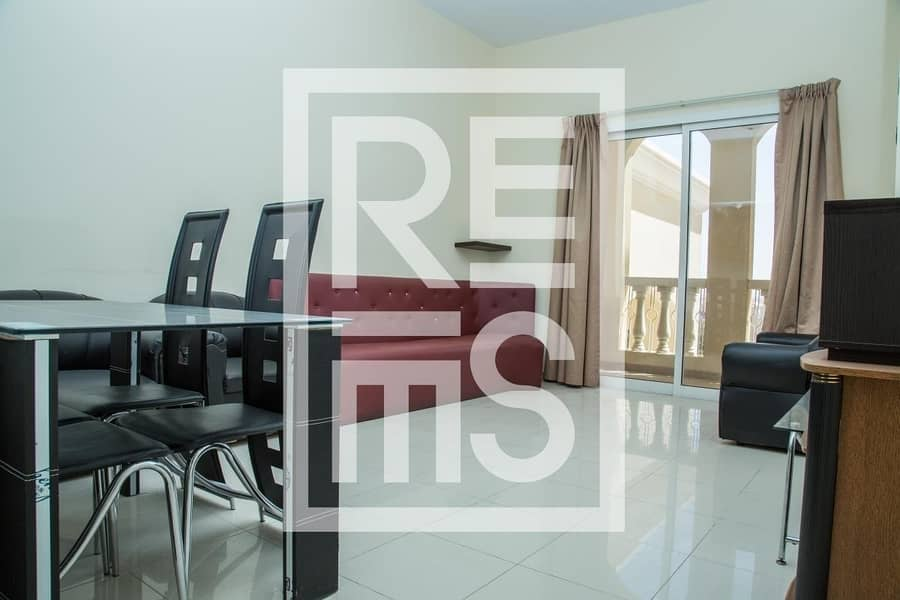 2 1BR with magnificent Lagoon View in Royal Breeze Residences