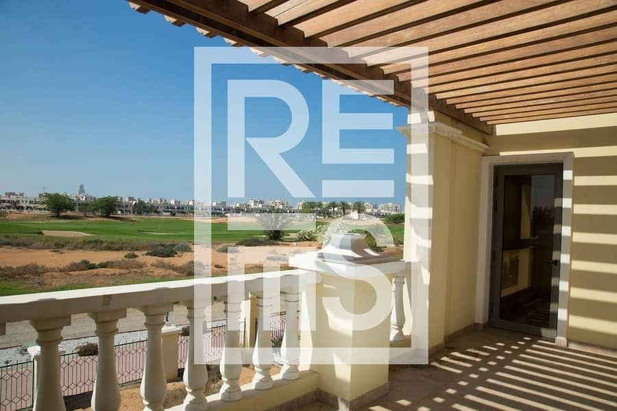 3BR Townhouse with stunning Golf View for Sale