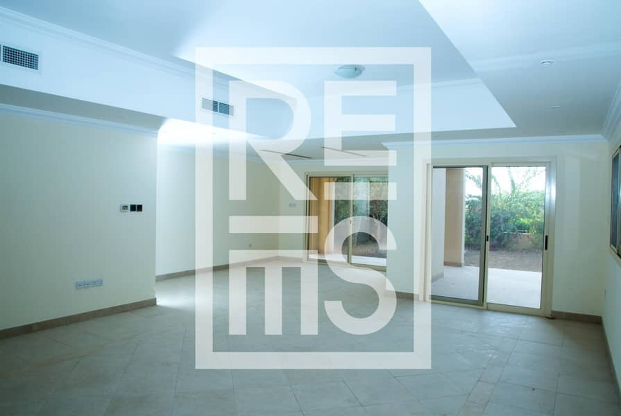 2 4BR Duplex with Fabulous Sew View for Rent