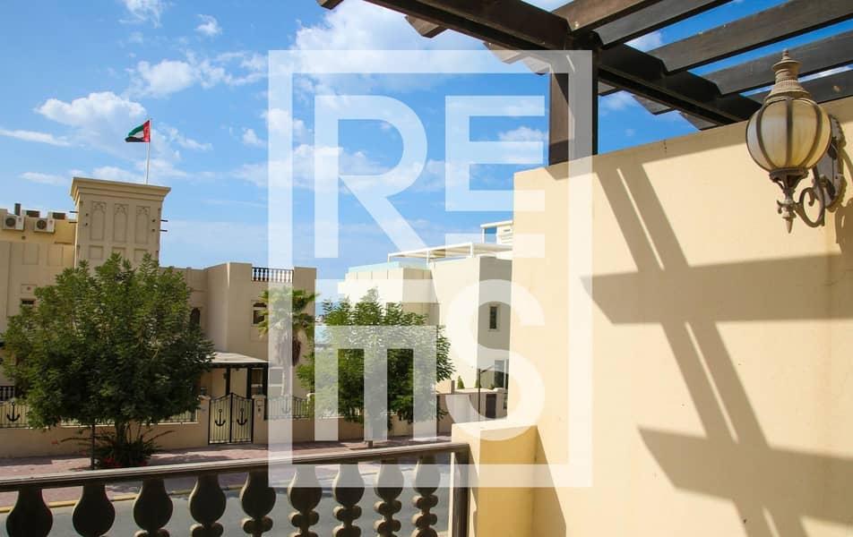 Spacious 3BR Villa with Golf View in Al Hamra Village